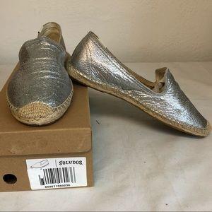Soludos Silver smoking slipper espadrilles size 10